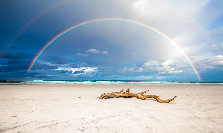 Sera Wright captures a spectacular rainbow